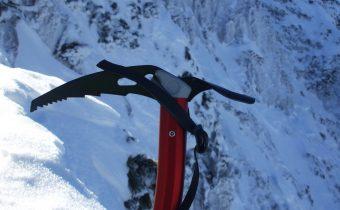 Șchiopătând prin zăpada Craiului
