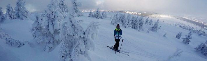 Iarna 2017-2018: un sezon plin doar pe schiuri. Tu de ce schiezi?