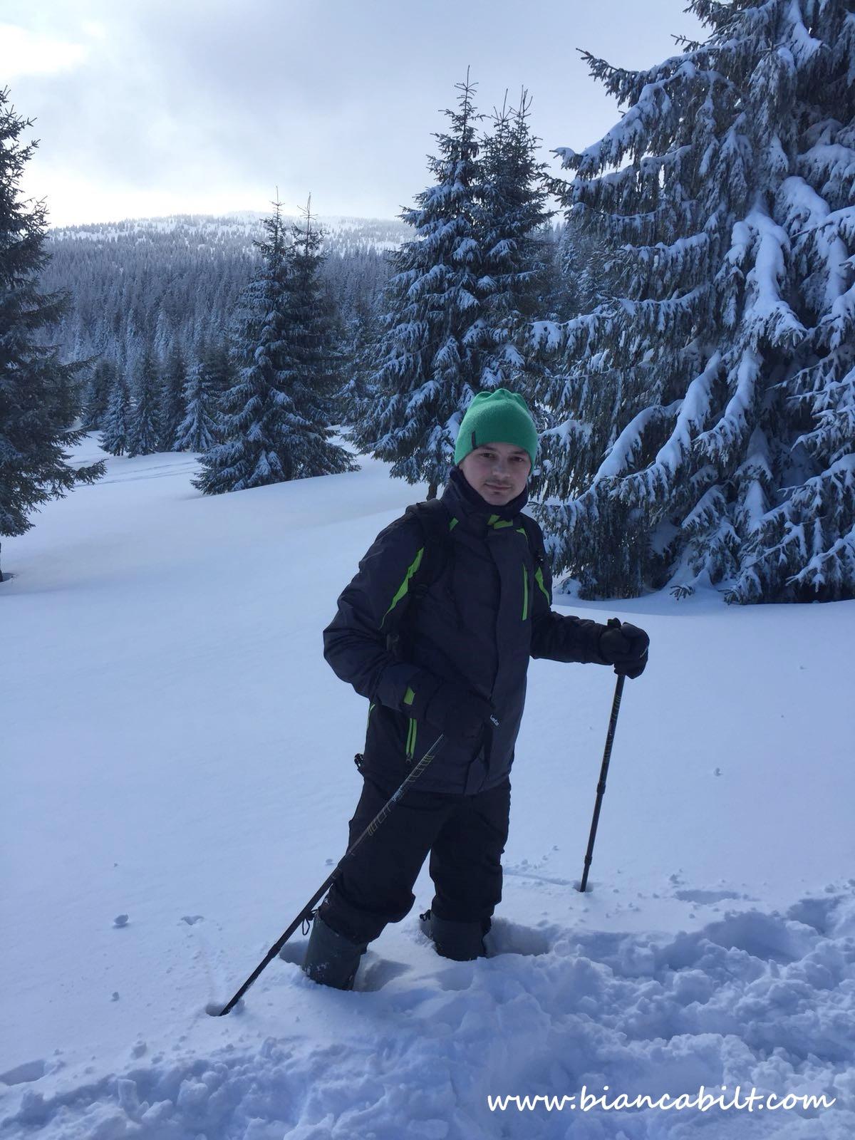 Că ai sau n-ai schiuri, tuturor ne place prin zăpadă.
