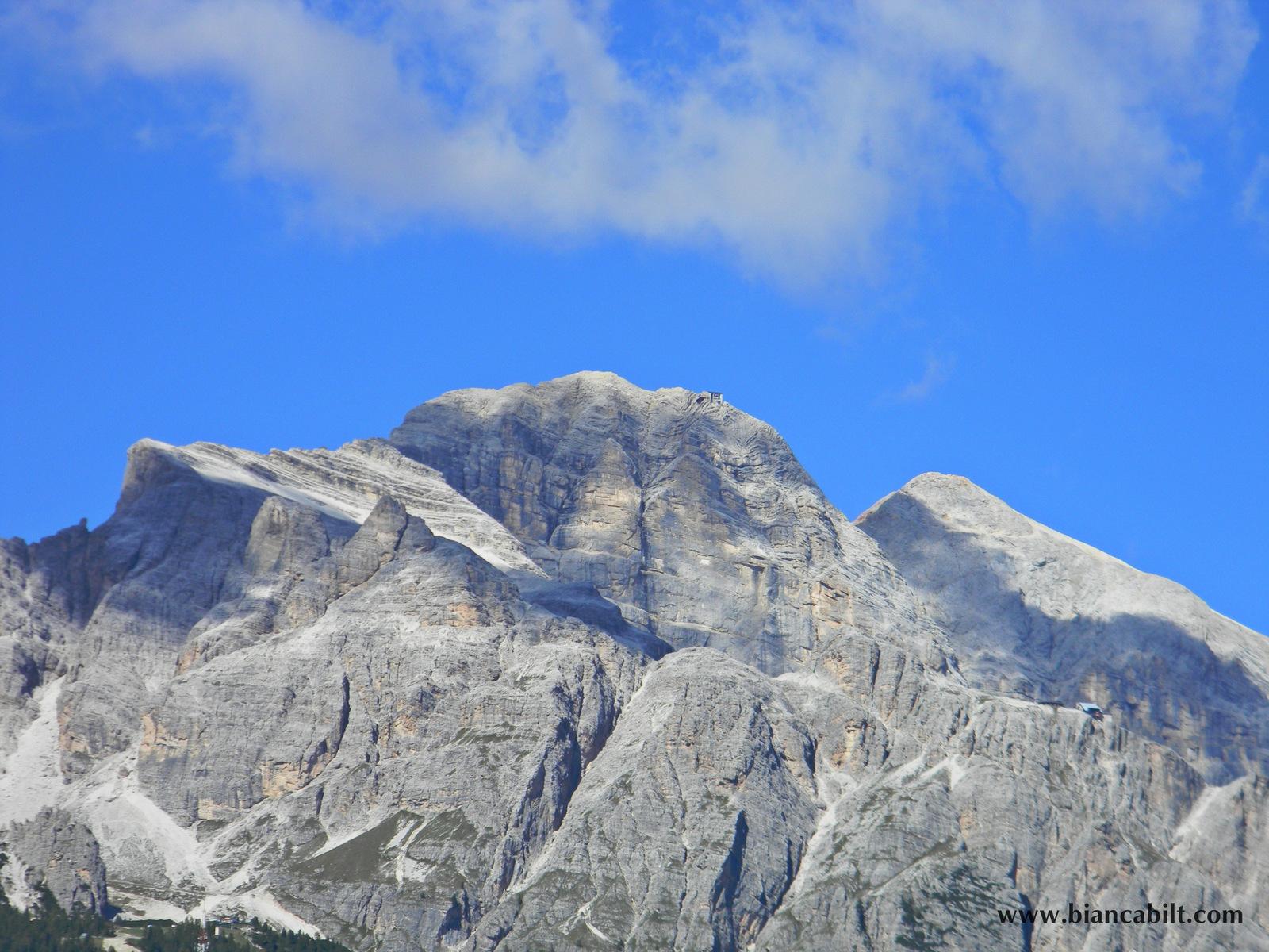 Munții din zonă...