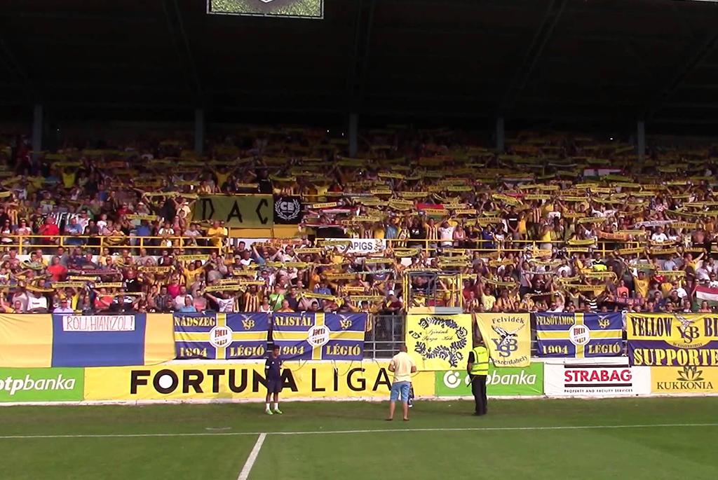 Prečo sa spieva maďarská pesnička pred zápasom Fortuna Ligy?