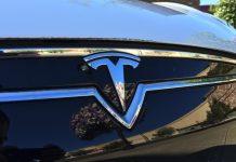 Tesla'nın Model 3 Elektirikli Araçlarını Mart 2016'da Tanıtılacak