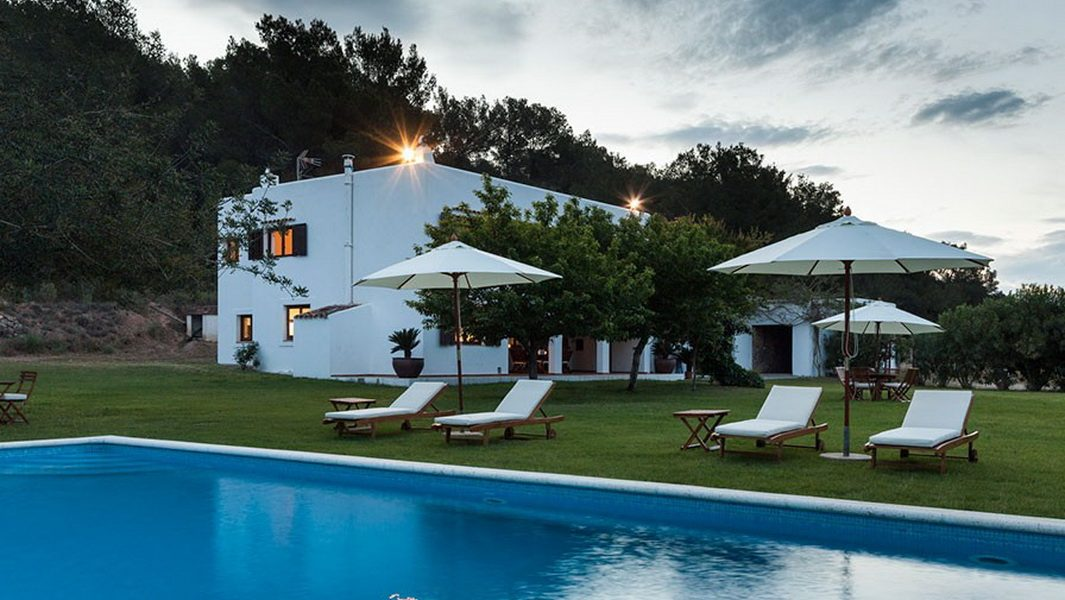 Villa in Ibiza in a very quiet area of San Rafael