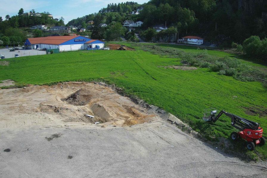 Site in Lyngdal breaks ground!
