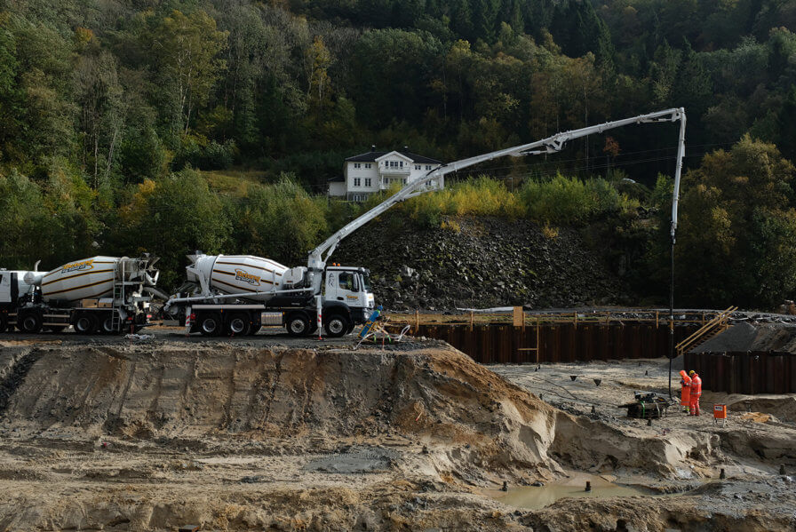 New pictures from onsite projects, Lyngdal is taking shape along the October hillside