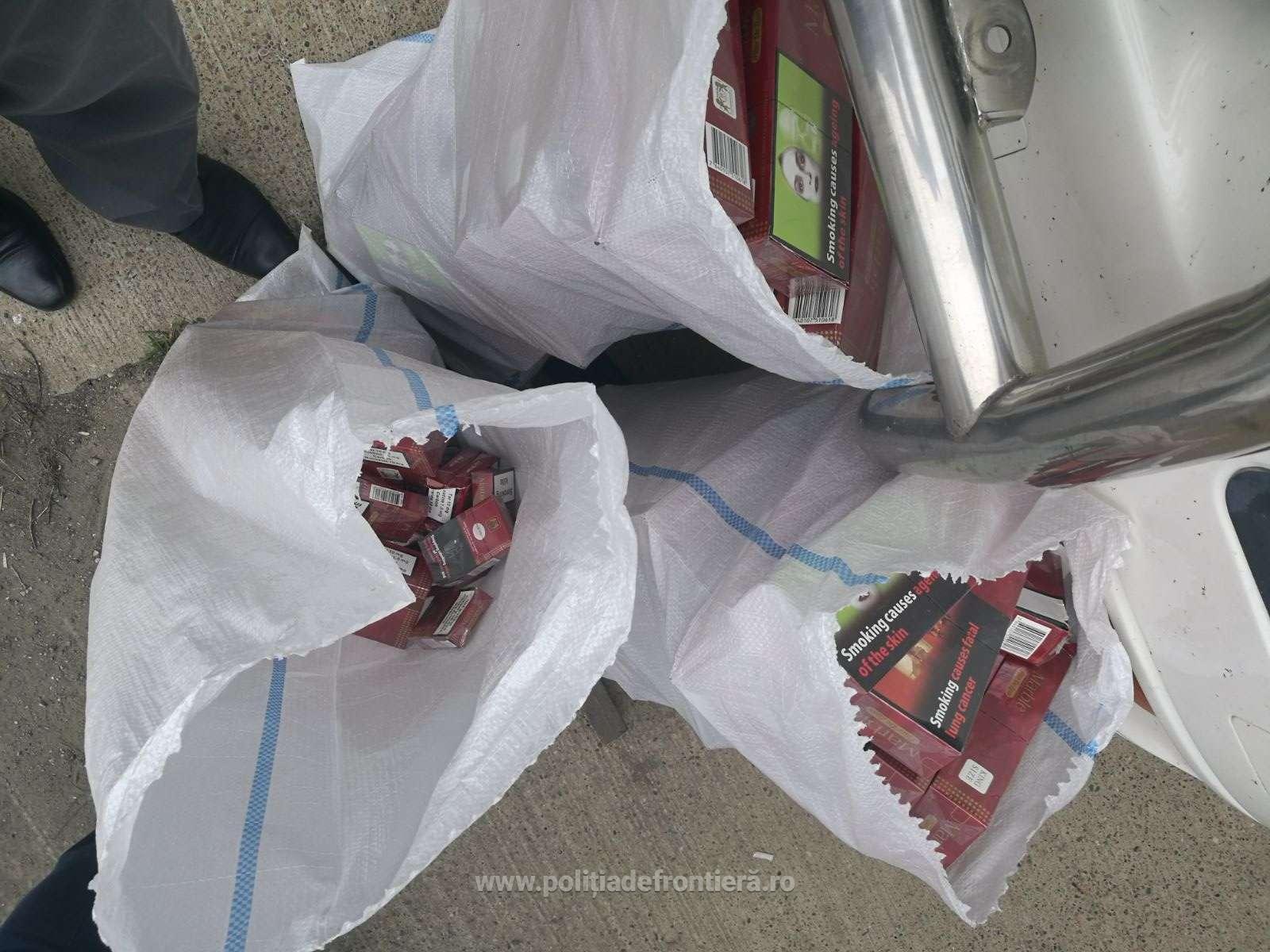 Alt autocamion, aceeași metodă de ascundere a țigărilor de contrabandă