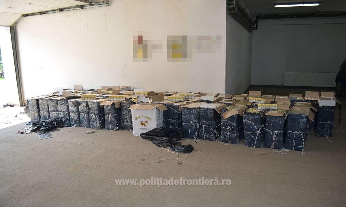 Aproximativ 55.000 de pachete cu ţigări de contrabanda confiscate la frontiera cu Ucraina accidentelive romania