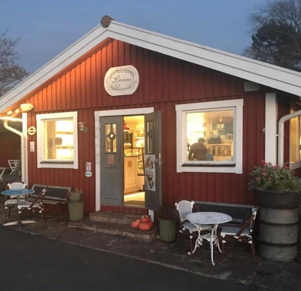 Mormors Stenugnsbageri & Kaffestuga