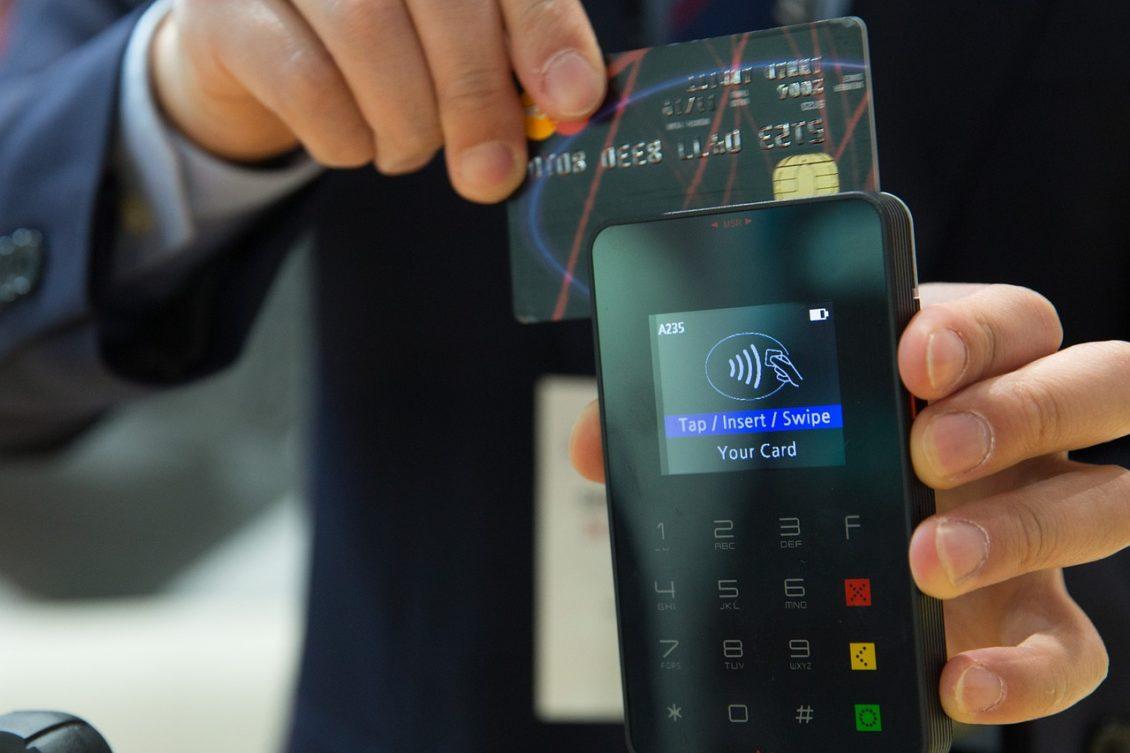 نتيجة بحث الصور عن ثغرات في أجهزة قراءة البطاقات الإئتمانية قد تؤدي إلى تسريب بيانات المشترين