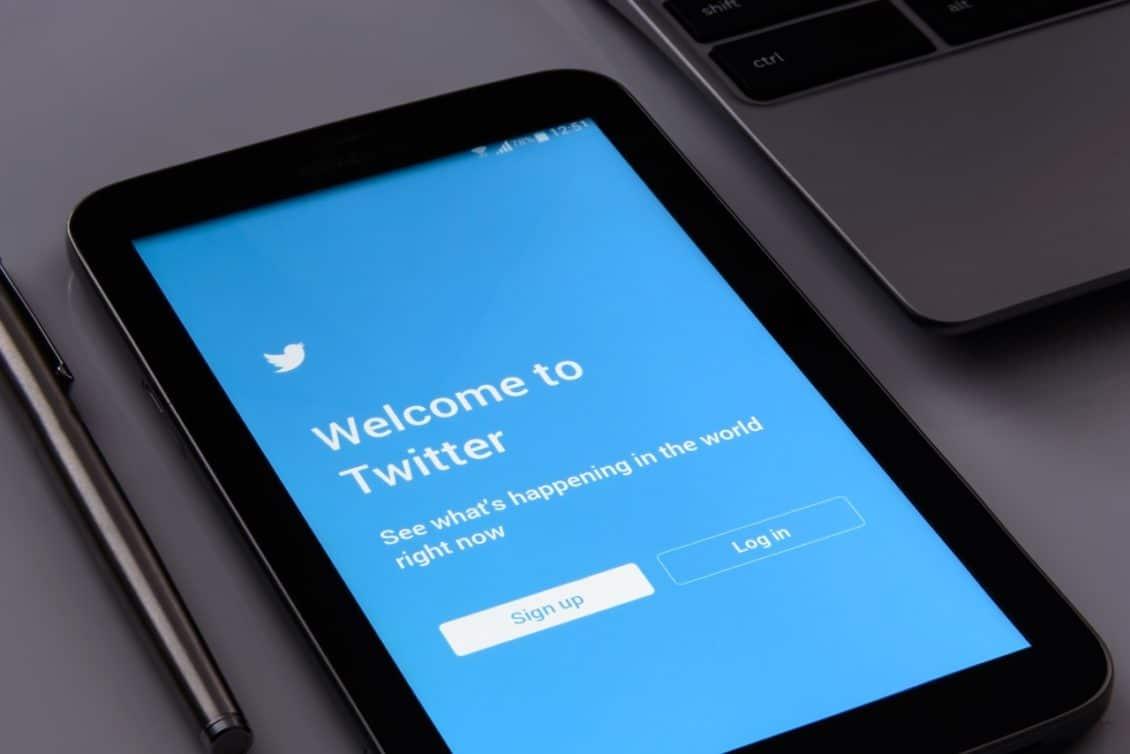 نتيجة بحث الصور عن كيف يمكنك تفعيل الوضع الليلي في تطبيق تويتر على نظام التشغيل أندرويد؟