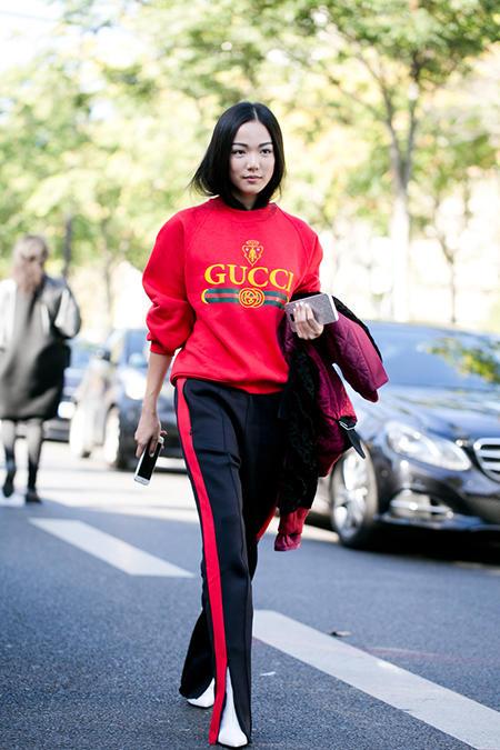 I bluzą Gucci