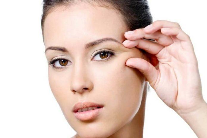 Как избавиться от морщин вокруг глаз и гусиных лапок