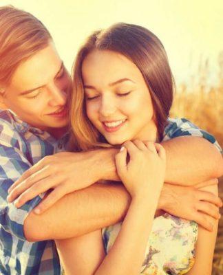 Мне хорошо рядом с тобой: 5 привычек счастливых пар