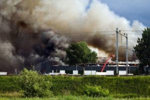 Het ging weer mis in Moerdijk: grote brand