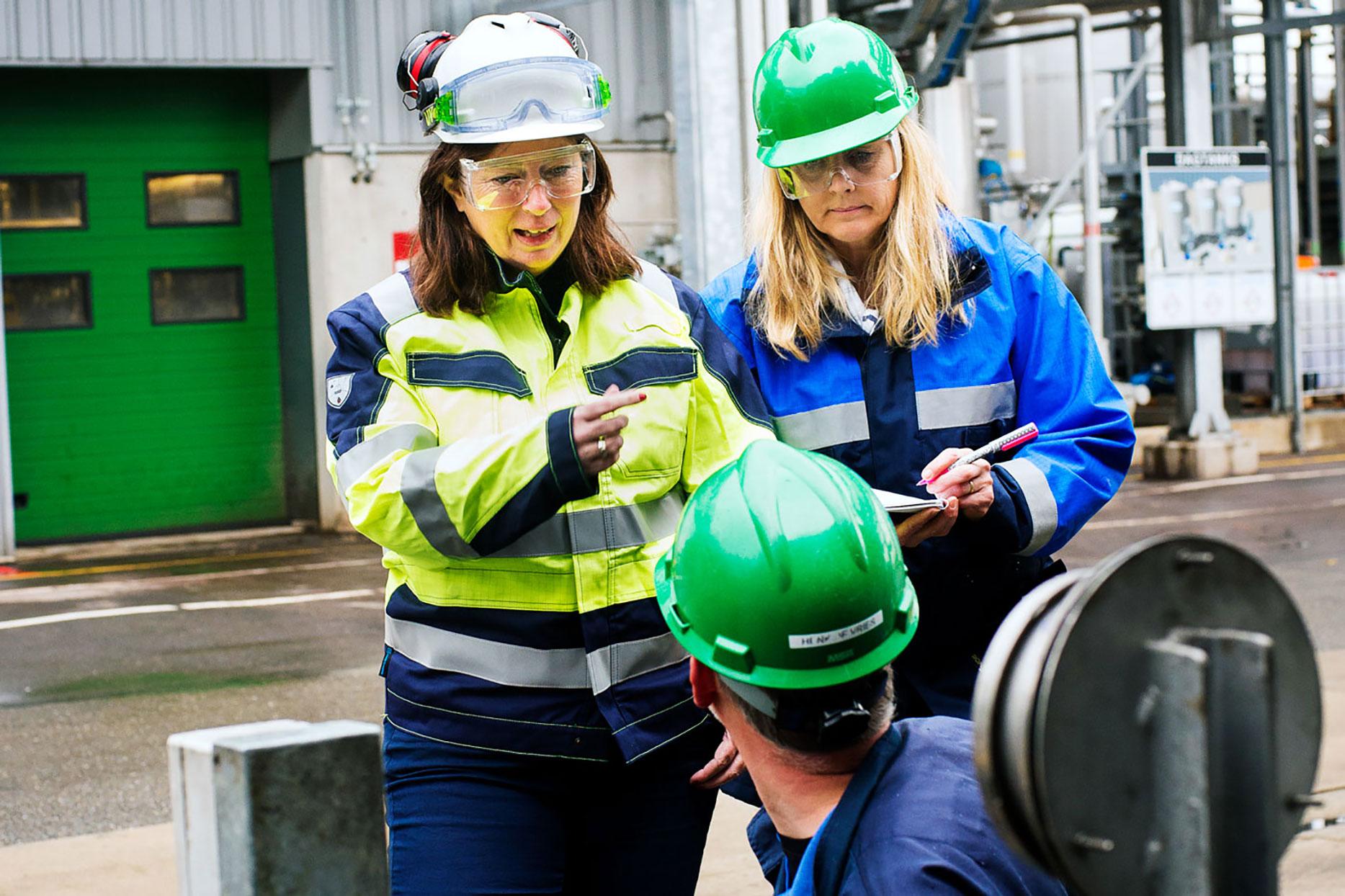 Actieplan preventie beroepsziekten NVvA_Nicole Kroon inspecteert