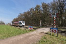 Overheid, pak onveilige spoorwegovergangen aan