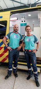 Ambulancehulpverleners testen hun nieuwe tenue