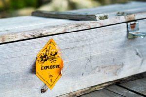 Vervoer van gevaarlijke stoffen blijft valkuil voor defensie