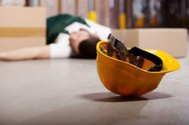 Moet werkgever schade zelfstandige vergoeden?