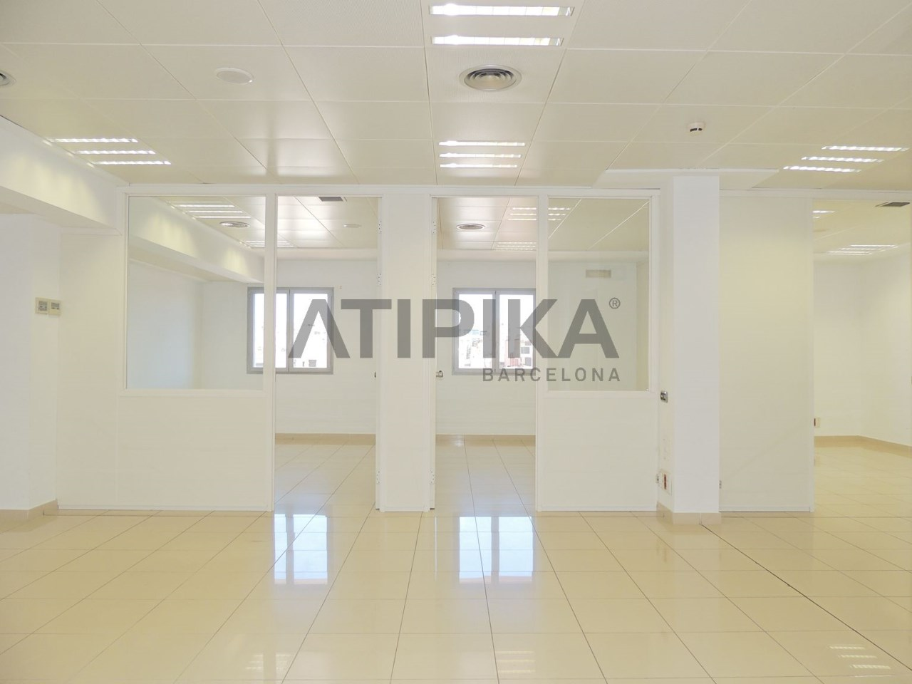 Renovated office next to 'Passeig de Gràcia'