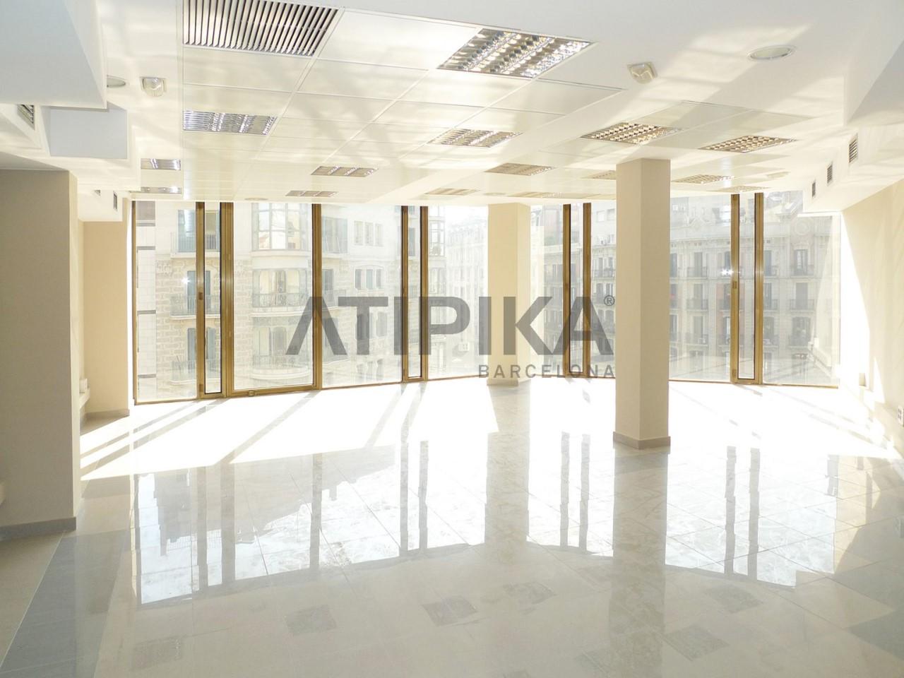 Centrally located office close to 'Rambla Catalunya'