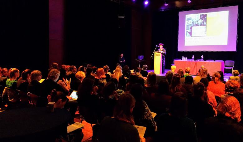 volle zaal bij symposium gender based violence