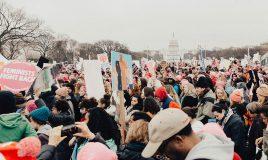 demonstratie Amerika leuze feminist fight back fotograaf Roya Ann Miller