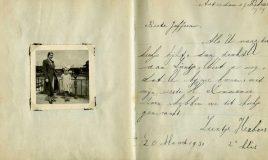 Niet traditioneel poëziealbum met versjes, maar gebruikt door juffrouw Korting om haar leerlingen iets in te laten schrijven, in 1939