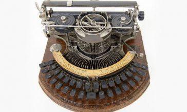 Hammond schrijfmachine in bezit geweest van Johanna Naber uit de collectie IAV Atria 127