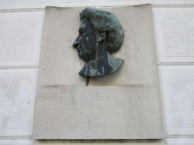 plaquette Aletta Jacobs Tesselschadestraat 15 in Amsterdam