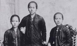 studioportret van raden adjeng kartini en haar zusters