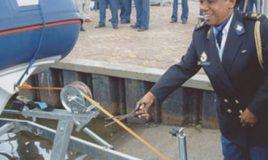 Georgine Actonbij de tewaterlating van de patrouilleboot die naar haar vernoemd is, juni 2004. Copyright onbekend, collectie Atria