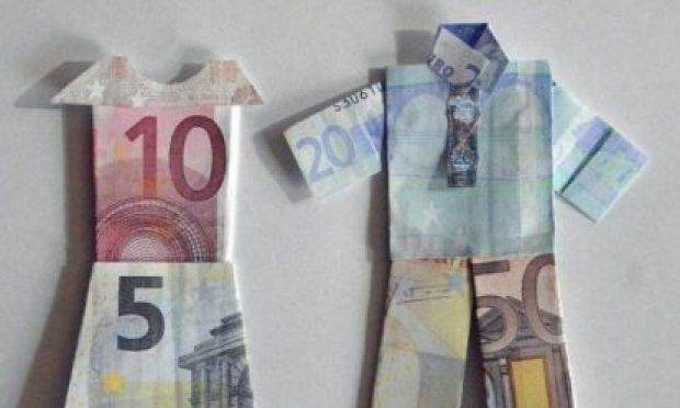 beloningsdiscriminatie geldpoppetjes, fotograaf Agnes Jansen
