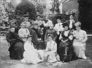 Wilhelmina Drucker. Deelnemers aan het congres van de Wereldbond voor Vrouwenkiesrecht 1908 (collectie Atria)