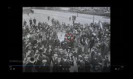 aletta jacobs loopt mee in demonstratie voor vrouwenkiesrecht