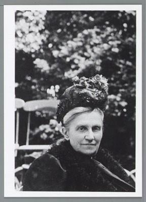 Portret van Elise Haighton, collectie Atria