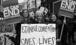 demonstratie tegen geweld tegen vrouwen