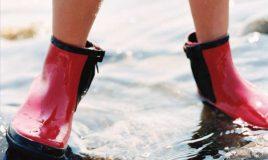 laarzen in een plas water effectiviteit make a move