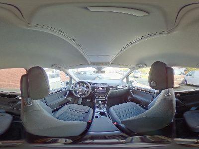 360° Innenansicht Volkswagen Touran      Highline 1.5 TSI DSG / Side Assist Navi 7-Sitze
