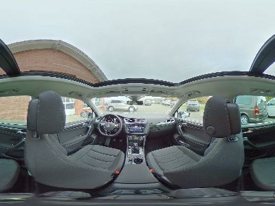 360° Innenansicht Volkswagen Tiguan      Comfortline 1.5 TSI / LED Navi Panoramadach