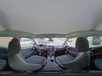 360° Innenansicht Volkswagen Tiguan      Comfortline 2.0 TSI DSG 4x4 / LED Navi Panoramadach