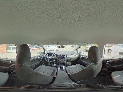 360° Innenansicht Volkswagen Golf Sportsvan      Comfortline 1.0 TSI / 4 J. Garantie Sitzheizung