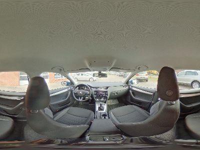 360° Innenansicht Skoda Octavia Combi      Ambition 1.5 TSI / Sitzheizung Einparkhilfe