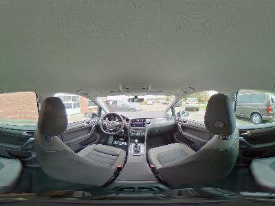 360° Innenansicht Volkswagen Golf Sportsvan      Comfortline 1.5 TSI DSG / ergoActive Navi LED