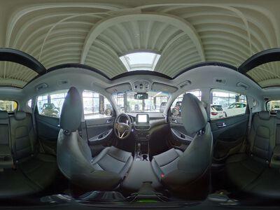 Hyundai Tucson Premium/ Voll/ Autom/ AHK/ Leder/ Pano/ Shz