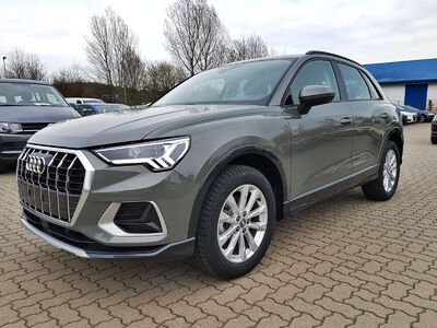 "Audi Q3 advanced - LED/NAVI/18""ALU"