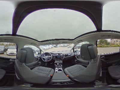Volkswagen Touran Highline LED/NAVI/ACC/Panorama