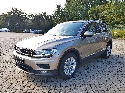 Volkswagen Tiguan Comfortline -ACC/NAVI/CLIMATRONIC