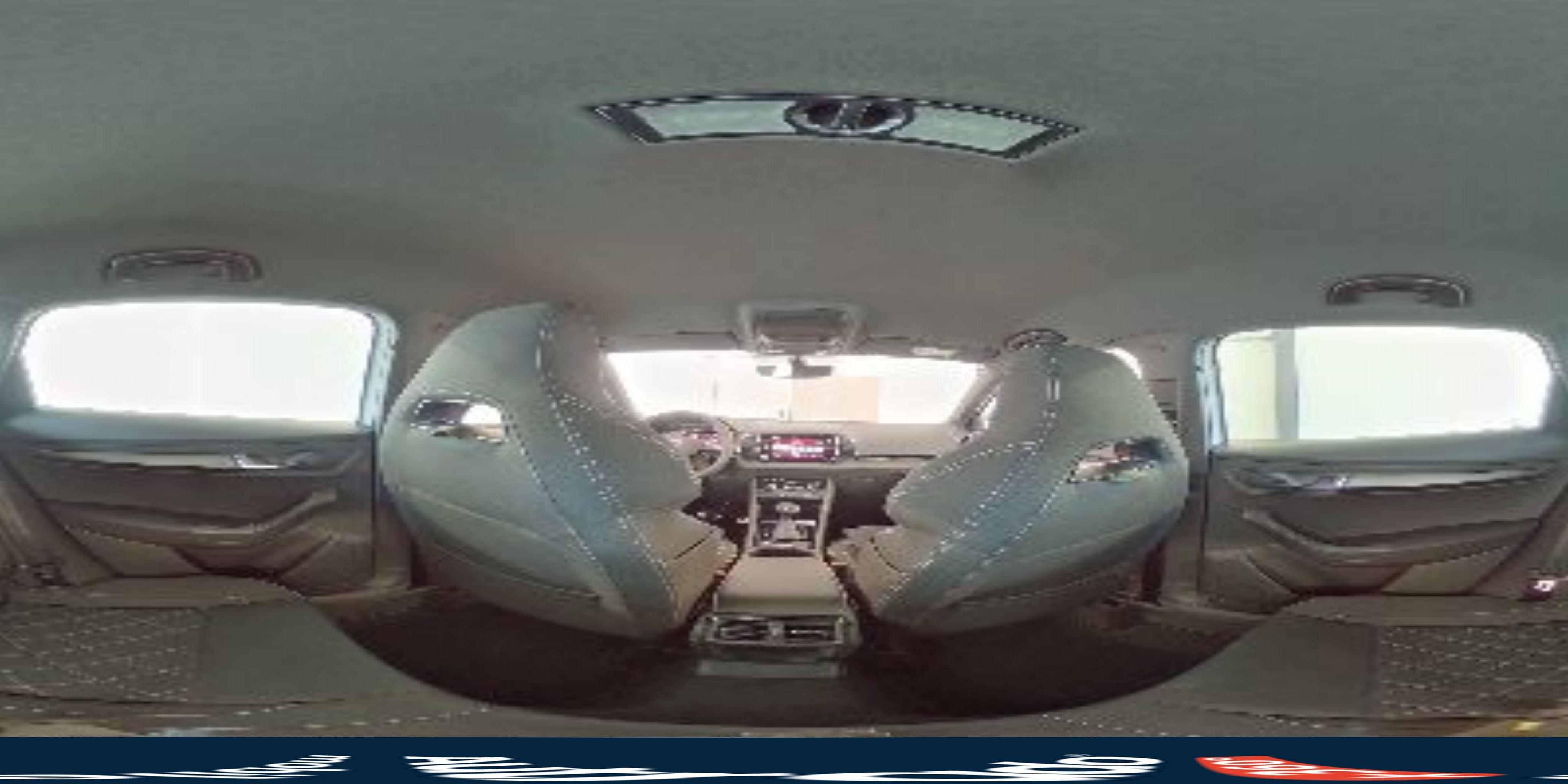 360° Innenansicht Skoda Karoq      Sportline WLTP 2.0 TSI DSG 4x4 140kW / 190PS