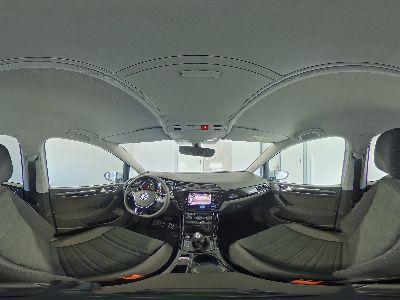 Volkswagen Touran Highline R-Line WLTP - 1.5 TSI DSG 110kW / 150PS